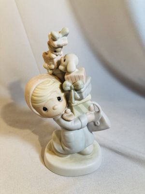 Excellent Vintage 1982 Precious Moments figurine for Sale in Ontario, CA
