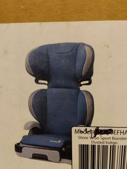 NEW CONVERTIBLE CAR SEAT ..2 IN 1... SAFETY BOOSTER TODDLER TRAVEL.. MAXIMUM WEIGHT 110 POUNDS for Sale in Portland,  OR