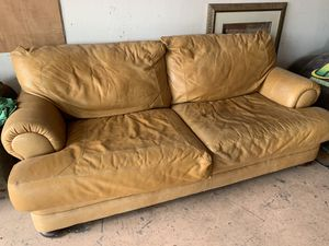 Overstuffed Leather Couch for Sale in Las Vegas, NV