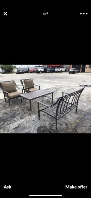 Hampton bay outdoor furniture for Sale in Hollywood, FL