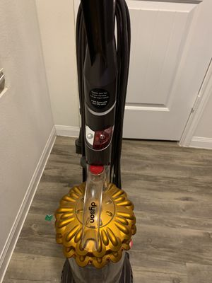 Dyson cinetic big ball animal vaccum for Sale in Houston, TX