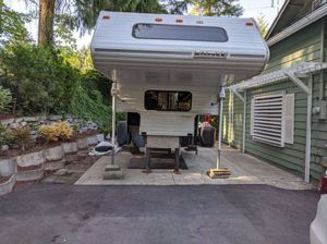 1995 Lance Camper for Sale in Bothell, WA
