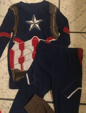 Captain America pjs size 6 for Sale in Bell Gardens, CA