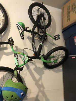 Kids Bike w/Helmet for Sale in Manassas, VA