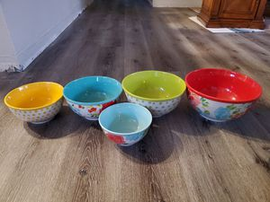 Kitchen dishes for Sale in Colton, CA