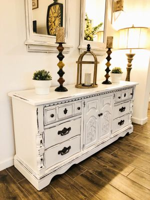Gorgeous White Shabby Vintage Buffet Dresser, Farmhouse Rustic Sideboard! for Sale in Queen Creek, AZ
