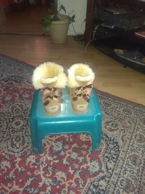 UGGs boots size 4 for Sale in San Jose, CA