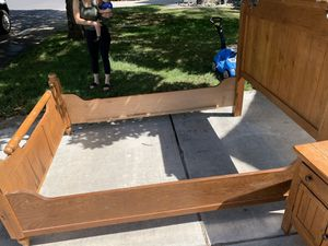 Bed frame. Come get it for Sale in Modesto, CA