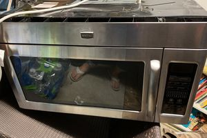 Maytag stainless steel microwave with fan, above the range. for Sale in West Palm Beach, FL