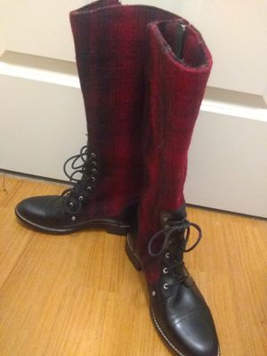 Women's Woolrich buffalo plaid and leather boots new for Sale in Pittsburgh, PA