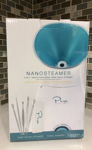 Nano steamer -pure daily care. BONUS 5 piece stainless steel skin kit for Sale in Lynwood, CA