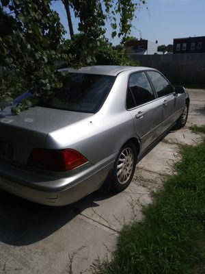 98 Acura RL FOR PARTS ONLY!!!!!! for Sale in Dundalk, MD