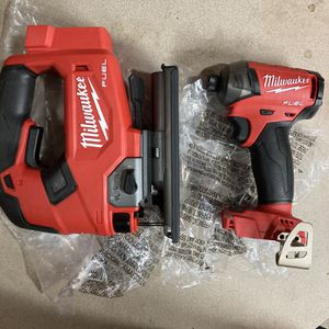 """Milwaukee M18 Fuel D Handle Jig Saw And Surge 1/4"""" Hex Impact Driver. for Sale in Philadelphia, PA"""