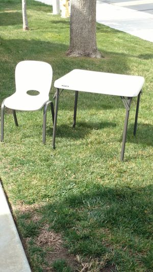 Kids table and chairs for Sale in Murrieta, CA