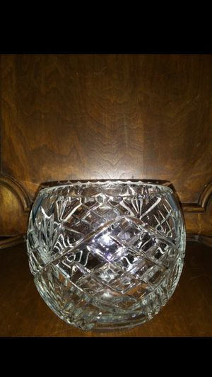 Crystal Round - Floral Bowl for Sale in Raleigh, NC