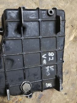1982 Honda Vf750 Magna Engine Oil Pan for Sale in Portland,  OR