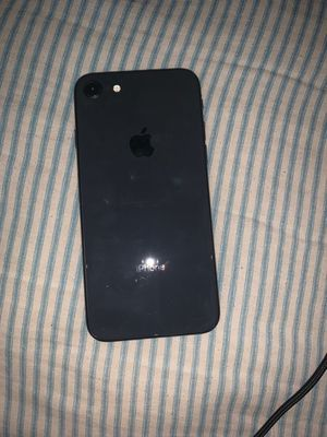 iPhone 8 unlocked for all carriers for Sale in Las Vegas, NV