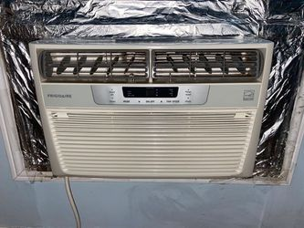 AC - Still in Great Condition for Sale in Brooklyn,  NY