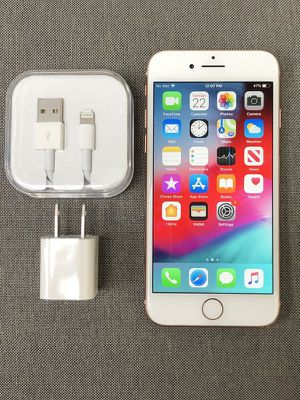 iPhone 8 (64gb) comes with charger and 1 month Warranty for Sale in Falls Church, VA