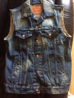 Authentic Levi's Trucker Vest for Sale in New York, NY