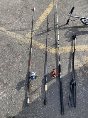 Fishing rod bundle used for Sale in New Rochelle, NY
