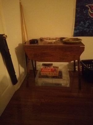 Antique drop leaf table for Sale in Smyrna, TN