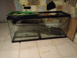 Fish tanks for Sale in Jersey City, NJ