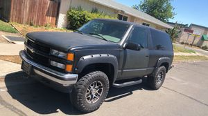 Chevy Tahoe 95 4x4 for Sale in Stockton, CA