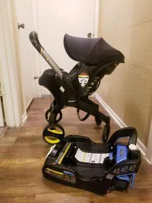 Doona stroller converts to car seat expiration 2025 for Sale in Richardson, TX