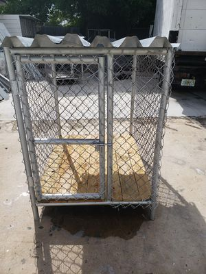 3x4 and 4x4 dog houses for Sale in Miami, FL