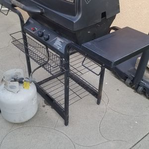 Kenmore Bbq Grill for Sale in Los Angeles, CA