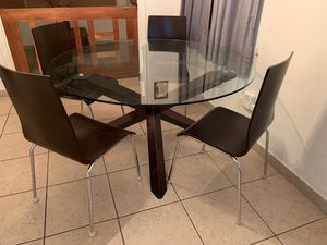 Dining table for Sale in Hollywood, FL