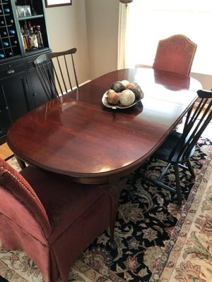 Cherry Dining Room Table w Leaves for Sale in Doylestown, PA