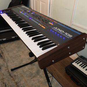 Roland Juno-106. w/Hard Case + SynthSpa Mod for Sale in Boston, MA