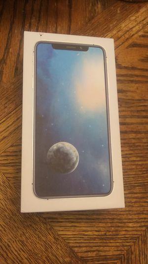 IPhone 11 max for Sale in Suwanee, GA