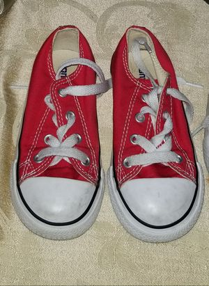Red converse. / chucks. Size 8 fits toddler for Sale in Montclair, CA