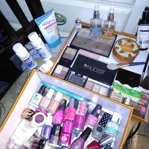Women's High End Makeup! for Sale in Las Vegas, NV