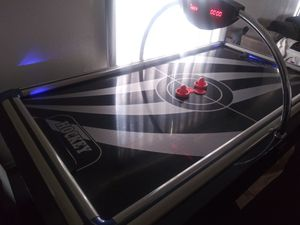 Air hockey table for Sale in Kennewick, WA