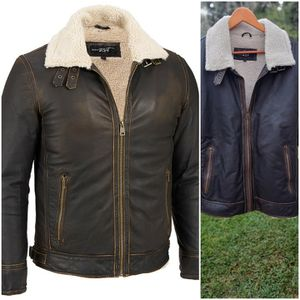 Men's bomber pilot jacket large leather Chamarra for Sale in Whittier, CA