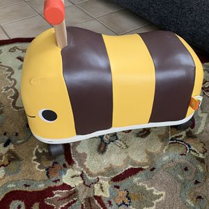 Bee Ride On Toy for Sale in Rosemead, CA
