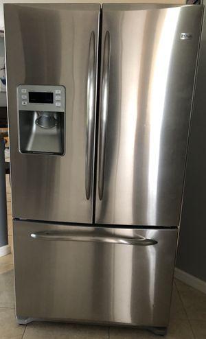 Refrigerador Refrigerator Nevera Nice Conditions for Sale in Hialeah, FL