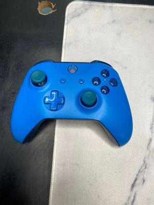Wireless Xbox controller for Sale in Denton, MD