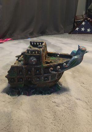 Aquarium ship wreck for Sale in North Las Vegas, NV