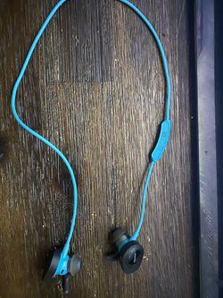 Bose wireless headphones for Sale in Rockville,  MD