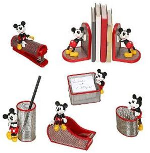 Mickey mouse desk set for Sale in Entiat, WA
