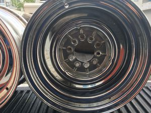 I have 2 smoothie chrome rims 15 x 8 Ford and Chevrolet bolt pattern for Sale in Austin, TX