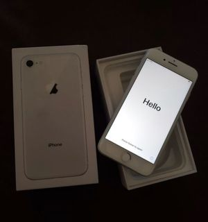 iPhone 8 for Sale in Laveen Village, AZ