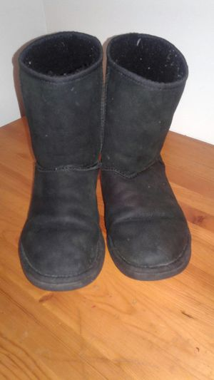 size 8 black uggs for Sale in Portland, OR
