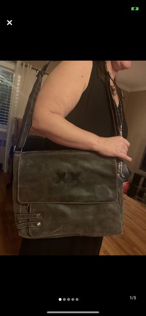 Belino genuine leather messenger bag for Sale in The Bronx, NY