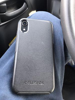 Xr lock cómo nuevo iCloud está lock for Sale in Alexandria, VA